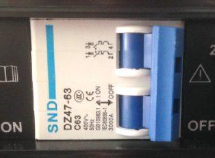 interruptor de encendido y apagado del soldador cevik titanium 200E de 200 amperios